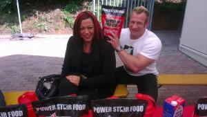 Powerstar Food farblich abgestimmt vom Kopf bis zu den Haaren ;-)
