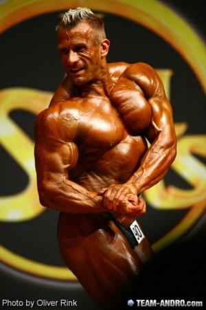 Achim Weitz mit einem Wettkampfgewicht von knapp 90 kg auf der Bühne!