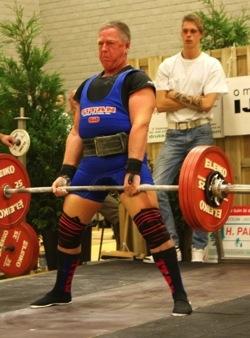 Herbert Leser Athlet des Monats 03 2015 WM 190kg KH.JPG