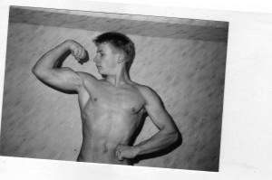 Nach ersten Trainingserfahrungen im Alter von 15/16 Jahren