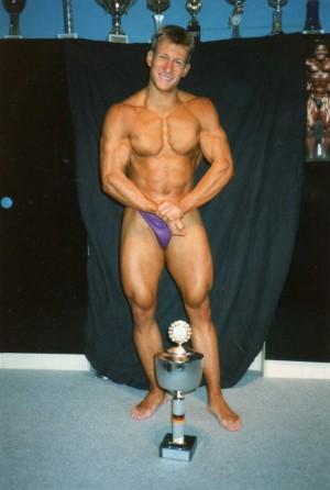 Nach den ersten Bühnenerfolgen im Jahr 1991, man beachte auch das Poster von Achim Albrecht im Hintergrund. Eines der großen Idole von Achim zu Beginn seiner Wettkampfkarriere